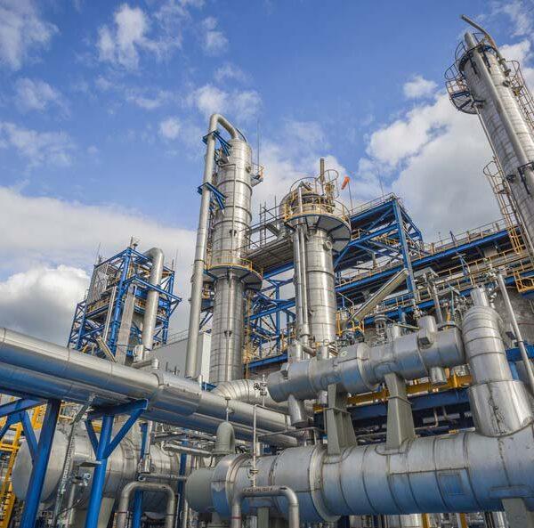 النفط والغاز والبتروكيميائية - الصناعات النفطية والغازية والبتروكيمائية موقع التجارة ويب www.alttejarat.com